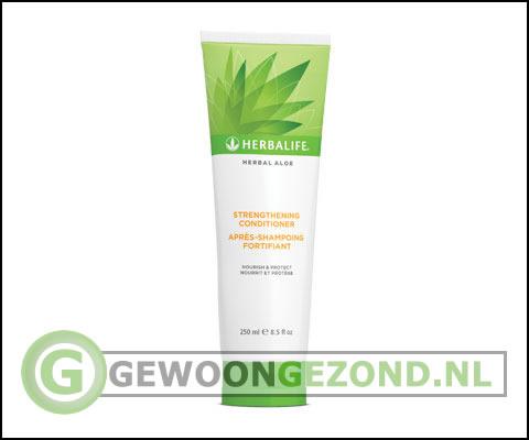 Herbal aloe vera conditioner